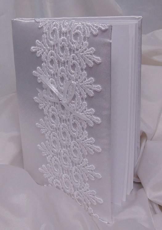 esküvői vendégkönyv csipke rátéttel (A/5, sima, 70 lapos)