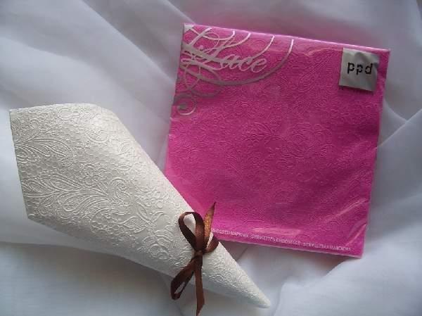 pink dombornyomott szalvéta 33x33  (15 db) LACE